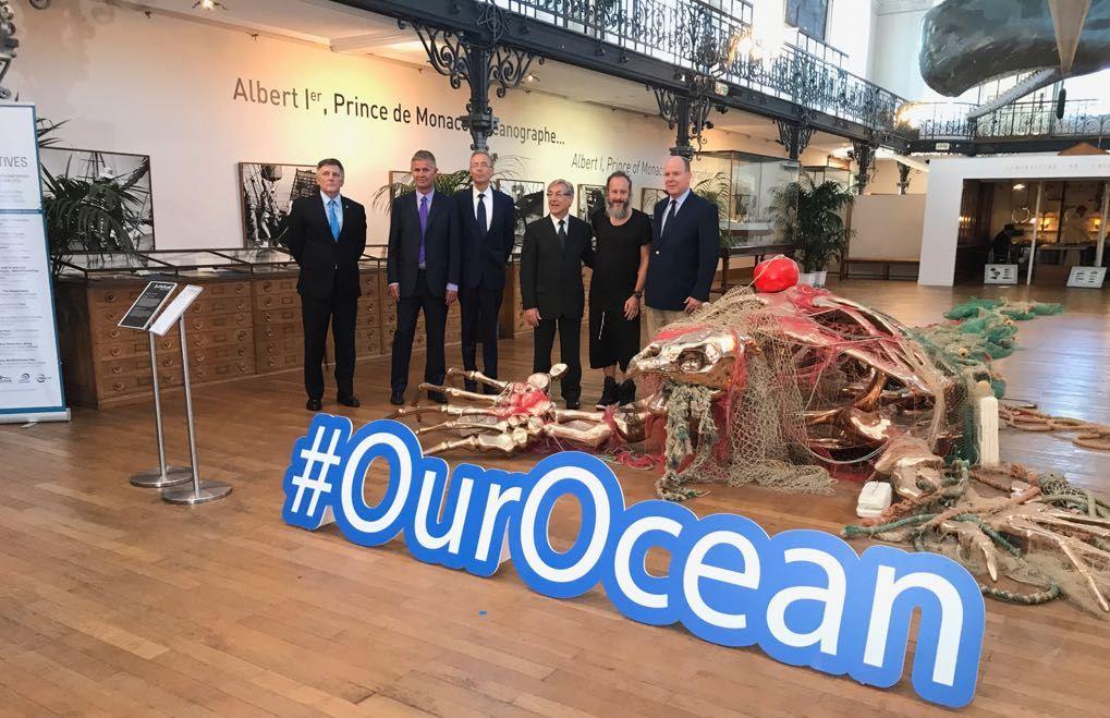 El príncipe Alberto de Mónaco presenta la campaña #ourocean