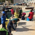 Fundación Oceanogràfic colabora con el Club Náutico de Xàbia en la recogida de residuos